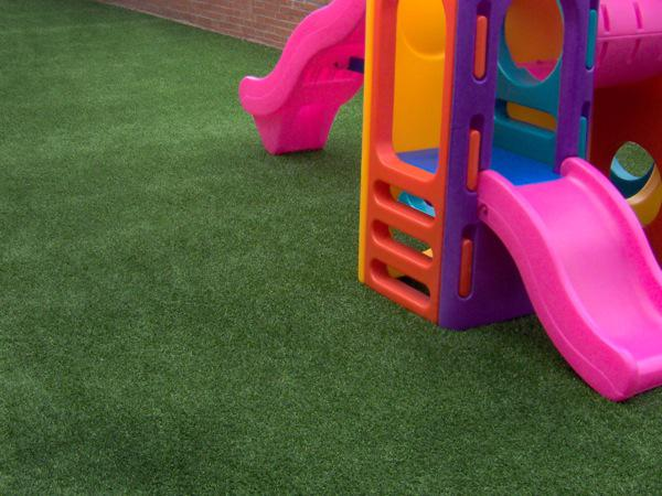 Where & how to wholesale decorative residential artificial grass